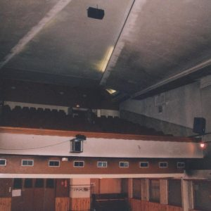 Salle avant rénovations de 2004